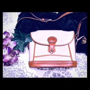 🔥💜💜Vintage Dooney & Bourke Crossbody